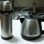 電気ケトルの泣き所「保温性」をステンレス水筒で補う